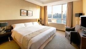 港青酒店 (前香港基督教青年会) - 香港 - 睡房