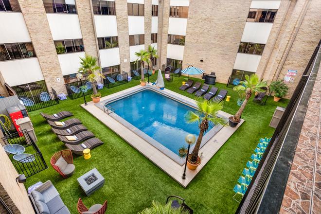 里弗沃克广场酒店 - 圣安东尼奥 - 游泳池