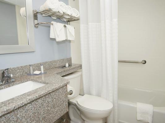 法尔茅斯酒店 - 法尔茅斯 - 浴室