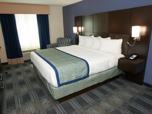 法尔茅斯酒店 - 法尔茅斯 - 睡房