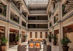 椰林梅菲尔酒店 - 迈阿密 - 大厅
