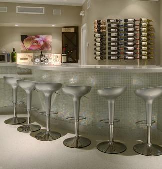 兰花基旅馆 - 基韦斯特 - 酒吧
