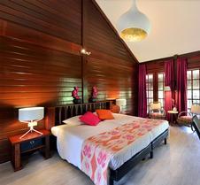 康提基海滩度假酒店