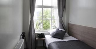Y大道经济酒店 - 阿姆斯特丹 - 睡房