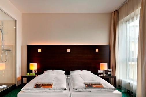 法兰克福弗莱明展览酒店 - 法兰克福 - 睡房