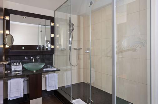 苏黎世宜安福酒店 - 苏黎世 - 浴室