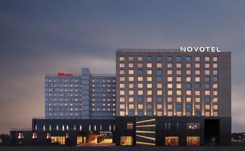 钦奈西普克特诺富特酒店- 雅高集团品牌 - 金奈 - 建筑