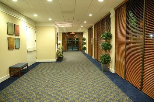 亚特兰大机场豪生国际酒店集团 - 大学公园市 - 门厅
