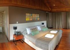 纳乌艾尔乌森林 Spa 精品酒店 - 圣卡洛斯-德巴里洛切 - 睡房