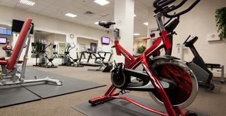 多伦多格兰套房酒店 - 多伦多 - 健身房