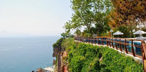 安塔利亚奥兹水疗度假酒店 - 安塔利亚 - 户外景观