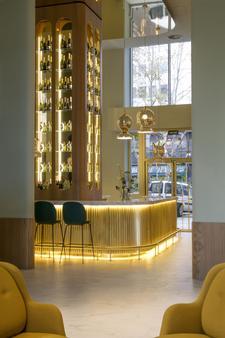 马德里巴塞罗托雷酒店 - 马德里 - 酒吧