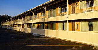 普拉茨堡美国最有价值旅馆 - 普拉茨堡