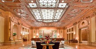 洛杉矶巴尔地摩千禧酒店 - 洛杉矶 - 大厅