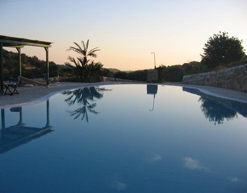 罗莱斯帕可卡瓦罗加酒店 - 拉古萨 - 游泳池