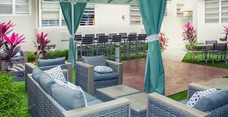 住宿加饮品酒店 - 迈阿密海滩 - 户外景观
