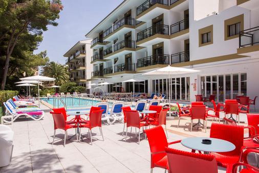 Hotel Guya Wave - Cala Ratjada - 露台