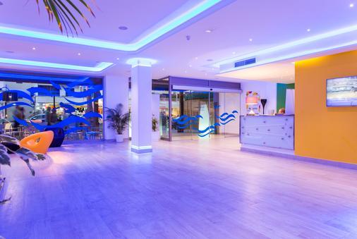 Hotel Guya Wave - Cala Ratjada - 门厅