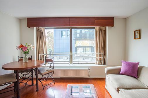 聂鲁达公寓式酒店 - 圣地亚哥 - 户外景观
