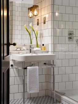圣殿酒吧酒店 - 都柏林 - 浴室