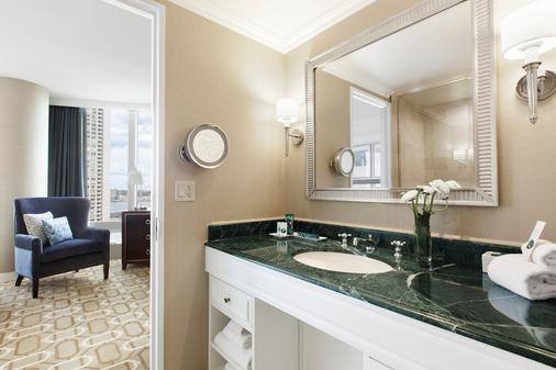 波士顿港酒店 - 波士顿 - 浴室