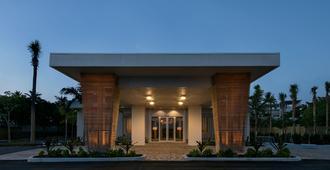普特斯海滩度假村&码头 - 伊斯拉莫拉达 - 建筑