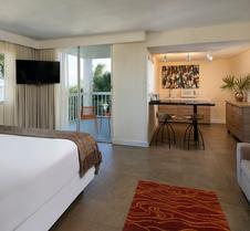 鹈鹕湾滨海度假酒店