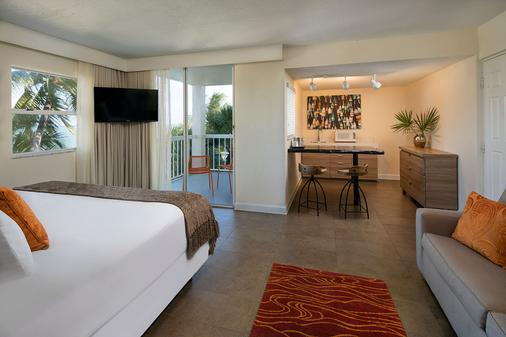 鹈鹕湾度假村和滨海酒店 - 伊斯拉莫拉达 - 睡房