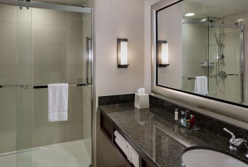 休斯敦万豪韦斯特彻斯酒店 - 休斯顿 - 浴室