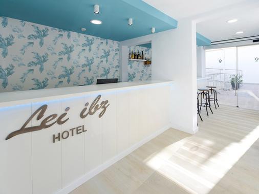伊维萨普莱雅索尔酒店 - 仅限成人入住 - 伊维萨镇 - 柜台