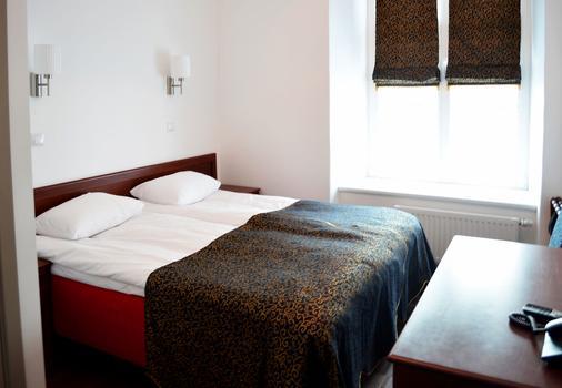 圣哥达酒店 - 塔林 - 睡房