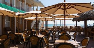 激流海滨酒店 - 好莱坞 - 餐馆