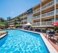 海滩俱乐部酒店