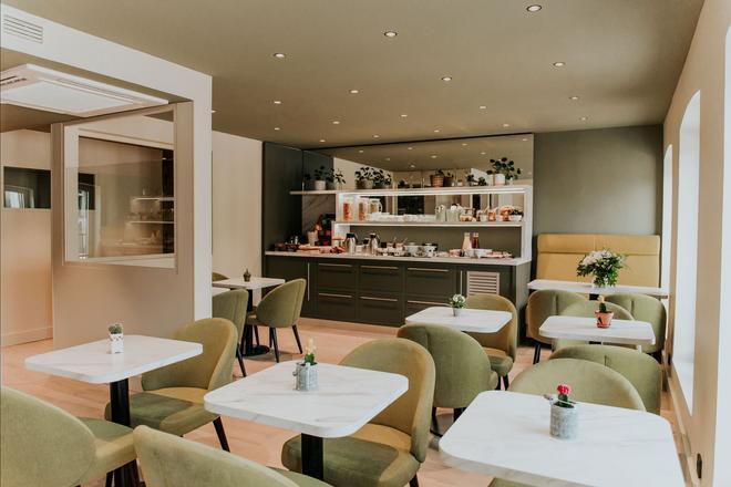 拉瓦利兹酒店 - 里尔 - 自助餐