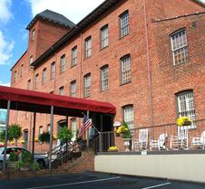 历史布鲁克斯镇旅馆