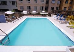 阿斯特里亚科帕卡巴纳酒店 - 里约热内卢 - 游泳池