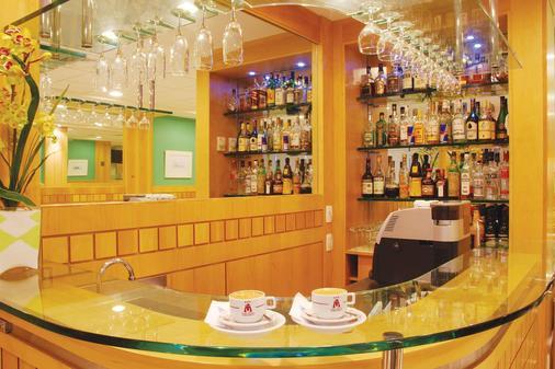 阿斯特里亚科帕卡巴纳酒店 - 里约热内卢 - 酒吧