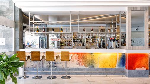 Bull Escorial & Spa - 马斯帕洛马斯 - 酒吧
