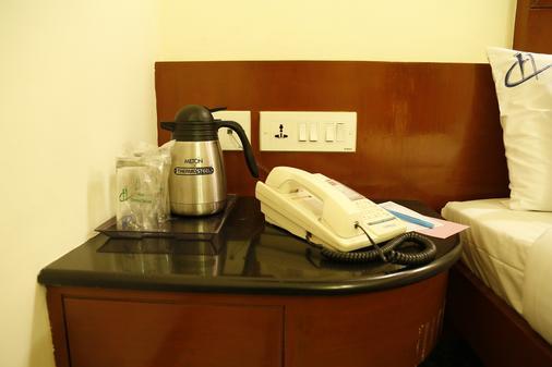 Hotel Chennai Deluxe - 金奈