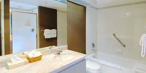 兰蒂斯套房酒店 - 温哥华 - 浴室
