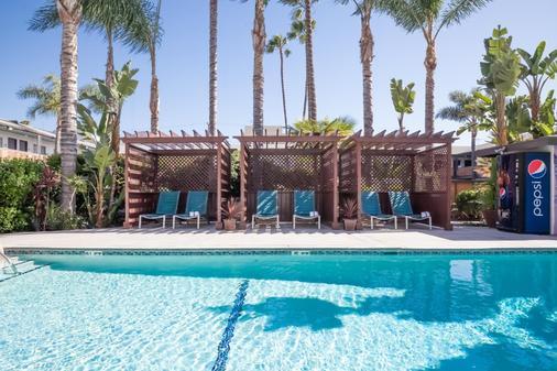 迪克西好莱坞酒店 - 洛杉矶 - 游泳池