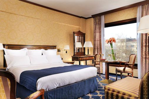 米兰万豪酒店 - 米兰 - 睡房
