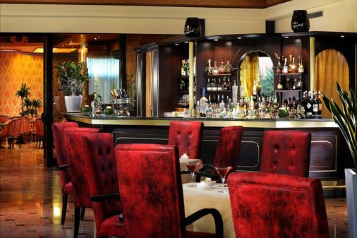 米兰万豪酒店 - 米兰 - 酒吧