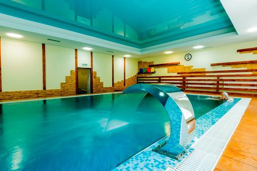 斯何瑞梅特弗斯克公园-酒店 - 莫斯科 - 游泳池