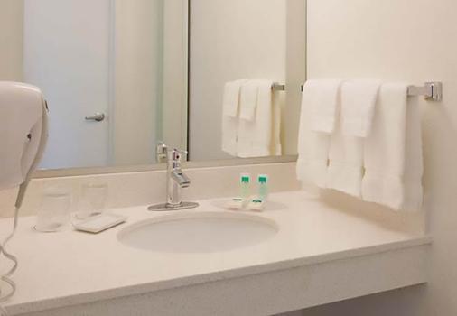 休斯顿布鲁克哈罗斯普林希尔万豪套房酒店 - 休斯顿 - 浴室