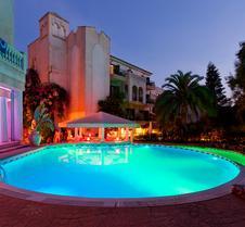 湖畔花园公寓套房与水疗酒店
