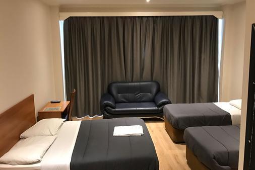 皇家酒店 - 布鲁塞尔 - 睡房