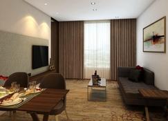 巴罗达萨亚吉酒店 - 瓦多达拉(巴罗达) - 客厅