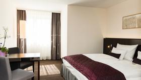 慕尼黑欧洲酒店 - 慕尼黑 - 睡房