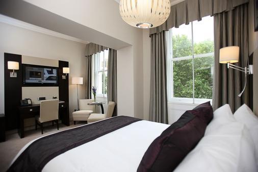 莱吉斯肯辛顿酒店 - 伦敦 - 睡房